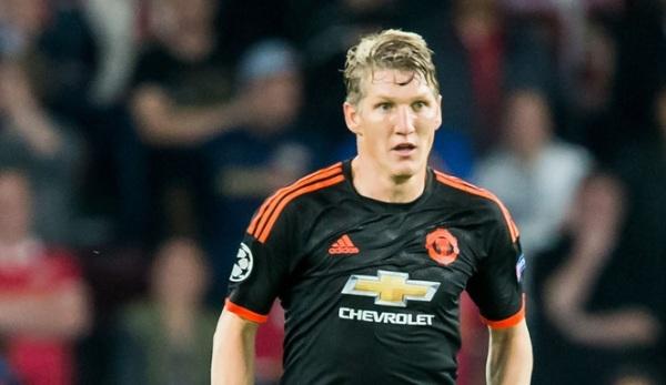 Bardzo małe szanse Bastiana Schweinsteigera na występy w Manchesterze United