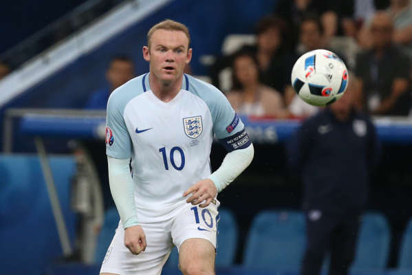 Rooney pozostanie kapitanem Anglików