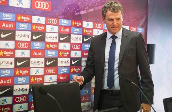 Dyrektor Barcy o braku transferów Realu: Mają kosztownych piłkarzy którzy siedzą na ławce