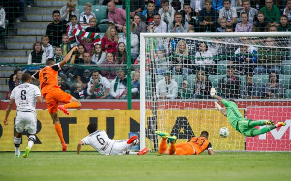 Malarz: Nie może być tak, że Legia przegrywa u siebie i traci tyle bramek