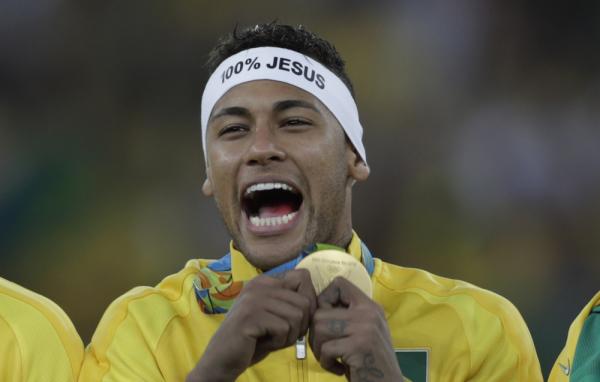 Simeone: Neymar śpiewa i tańczy... Uwielbiam to!