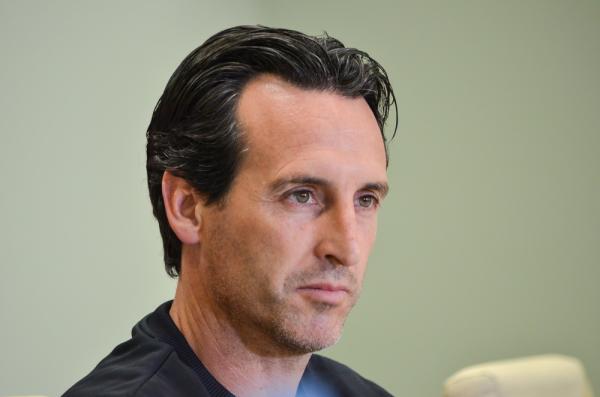 Emery: Wielu rywali zmienia taktykę na mecz z PSG