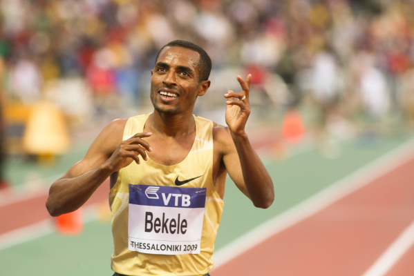 Bekele wygrał maraton w Berlinie. Kapitalny czas!