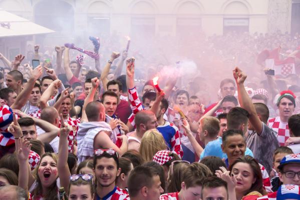 Skandal na meczu Kosowa z Chorwacją [VIDEO]