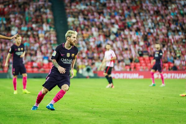 Barca gromi, Messi strzela już trzy minuty po wejściu na boisko [VIDEO]