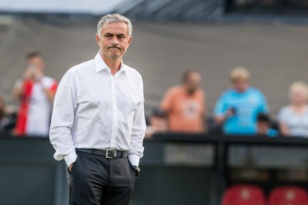 """Mourinho podpadł FA za słowa o arbitrze meczu Liverpool-MU. """"Trudno mu będzie dobrze poprowadzić to spotkanie"""""""