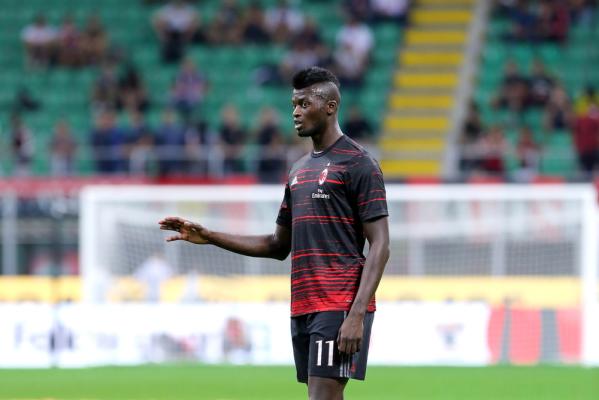 Niang: Milan marzy o grze w Europie