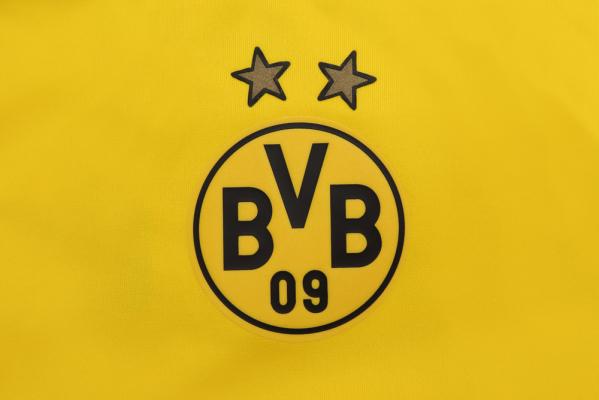 Borussia Dortmund interesuje się obrońcą