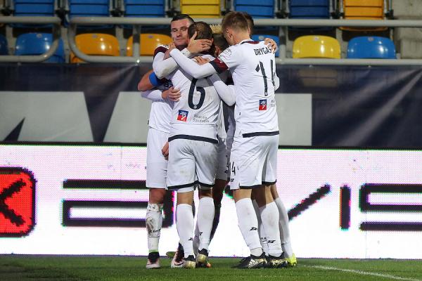 Piłkarz Pogoni Szczecin powołany na mecz el. MŚ 2018
