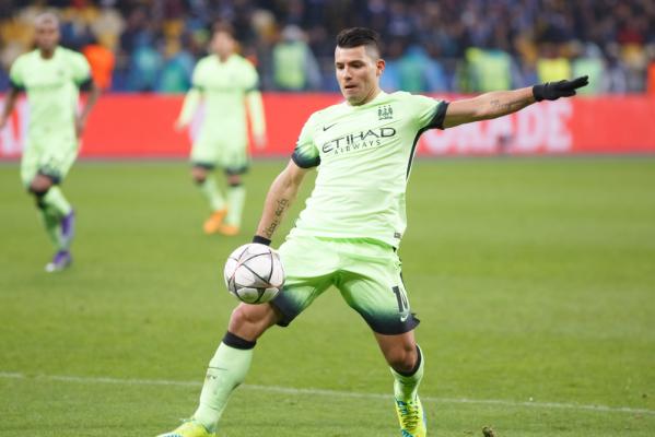 Wysoka wygrana Manchesteru City, dwa gole Aguero