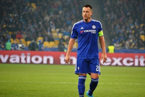 John Terry zagra w Chinach? Obrońca może odejść po sezonie z Chelsea