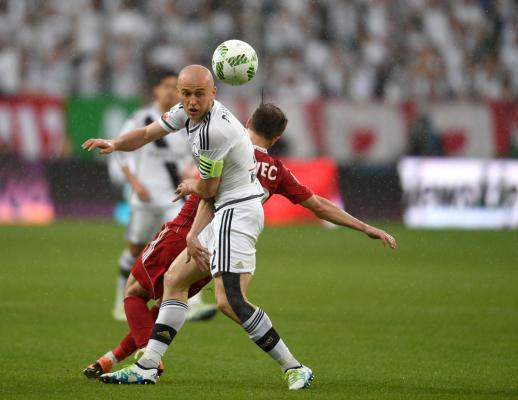 Pazdan: Tak powinien grać mistrz Polski