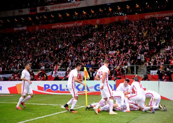 Polska wyprzedzi Włochy i Anglię w rankingu FIFA?! Są dwa warunki