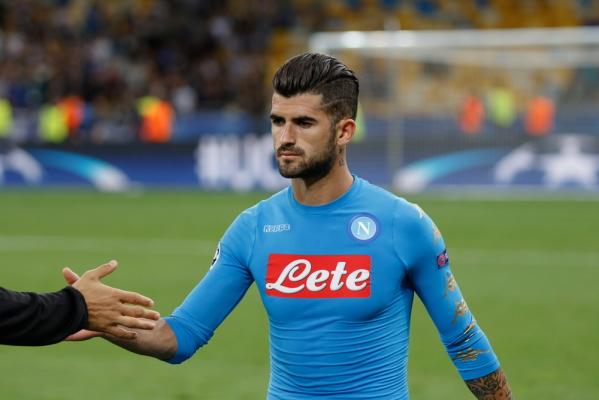 Napoli nie sprzeda MU obrońcy