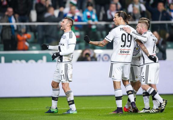Legia rozbiła lidera Ekstraklasy i pnie się w górę tabeli
