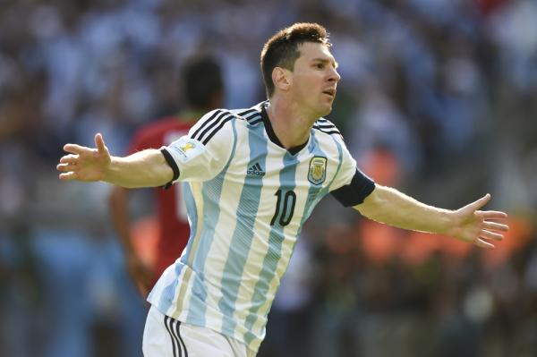 """""""Maradona był większym wojownikiem od Messiego"""""""