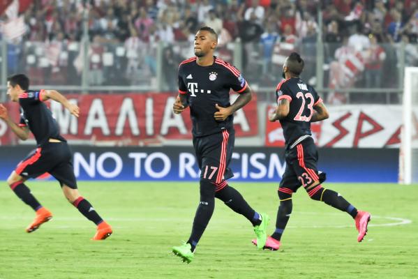 Szef Bayernu ostro o Boatengu: Powinien zejść na ziemię