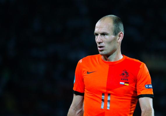 """Nowy kontrakt Robbena to """"kwestia czasu"""""""