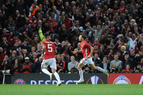 Puchar Ligi Angielskiej: MU lepszy od West Ham United, Arsenal przegrał z Southampton FC