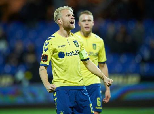 Remis Brondby IF, asysta Wilczka