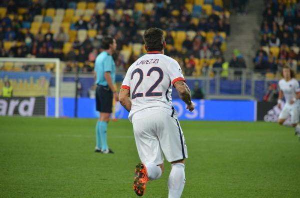 Football Leaks: Kosmiczny kontrakt Lavezziego. Zarabia dwa razy tyle, co Messi