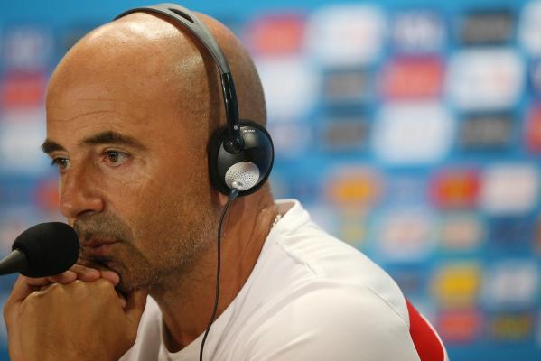 Trener Sevilli: Potrzebujemy środkowego obrońcy