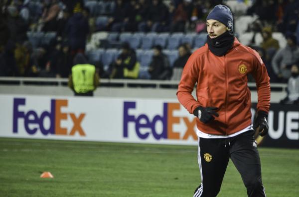 Agent Zlatana: Jest wielka szansa, że będzie grał w MU kolejny rok
