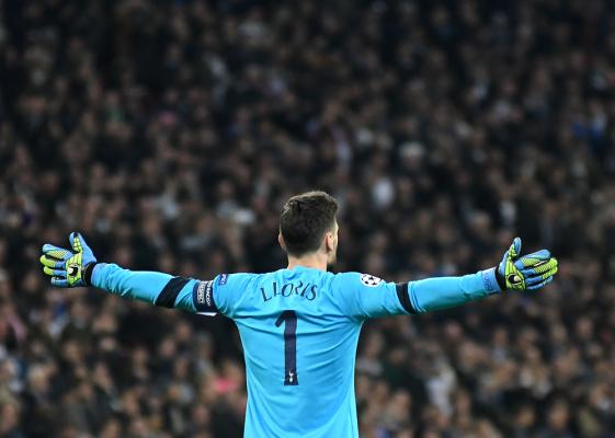 Hugo Lloris na dłużej w Tottenhamie