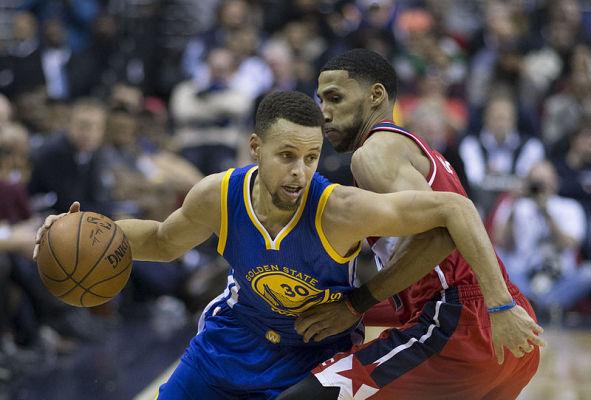 Golden State Warriors wygrali z Toronto Raptors