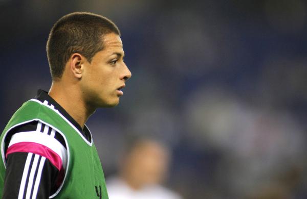 Javier Hernandez na celowniku Chelsea