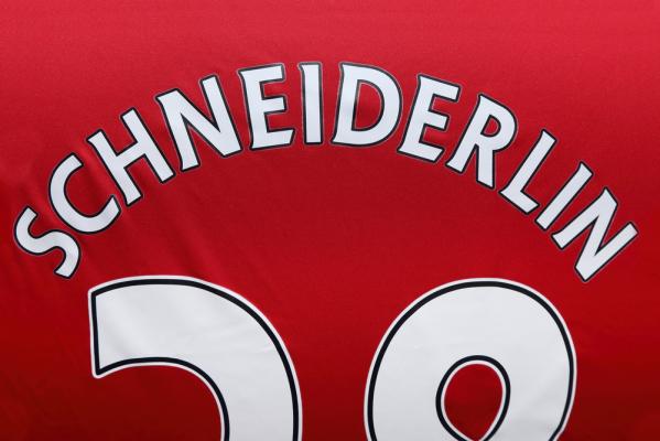 MU odrzucił ofertę Evertonu za Schneiderlina