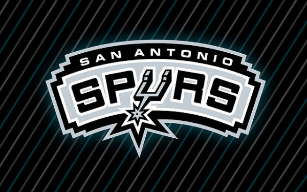 San Antonio Spurs rozbili Toronto Raptors