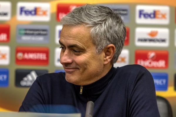 Mourinho: Kocham ludzi, z którymi pracuję