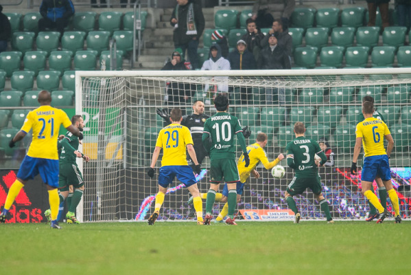 Piłkarze Arki Gdynia wrócili do treningów