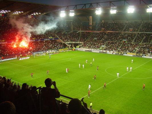 Grad goli w meczu Angers i Nimes
