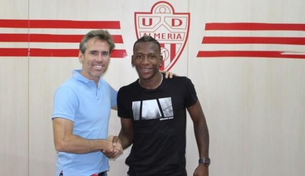 Watford FC wypożyczył Estupinana do UD Almeria