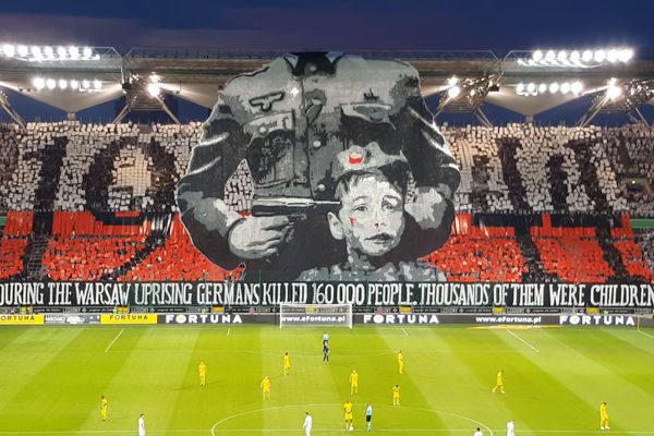 Legia jednak ukarana za oprawę dotyczącą Powstania Warszawskiego. Jest raport UEFA