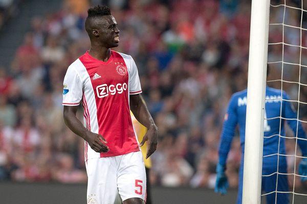 Rekordowy transfer Tottenamu stał się faktem. Anglicy pozyskali młodego obrońcę Ajaksu za 40 mln euro