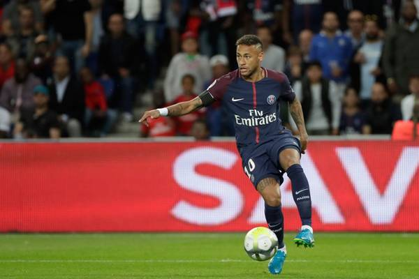 Barcelona chce odszkodowanie? Neymar odpowiada i idzie na wojnę z byłym klubem