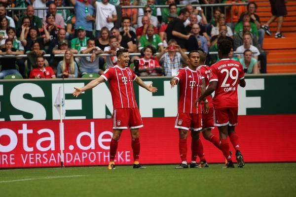Bayern Heynckesa rozgromił Freiburg 5:0! Bramka Lewandowskiego [VIDEO]