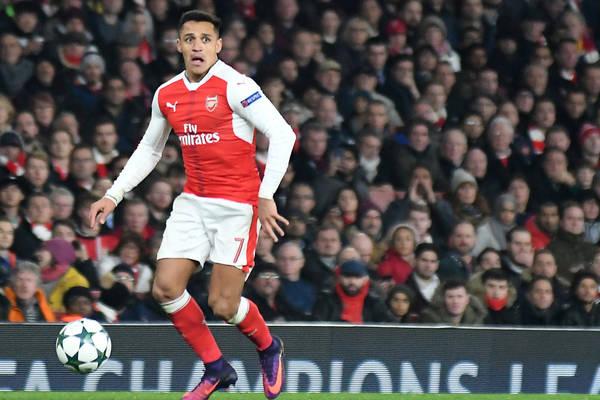 Angielskie media: Sanchez jeszcze dzisiaj w Manchesterze? Mchitarjan blisko porozumienia z Arsenalem