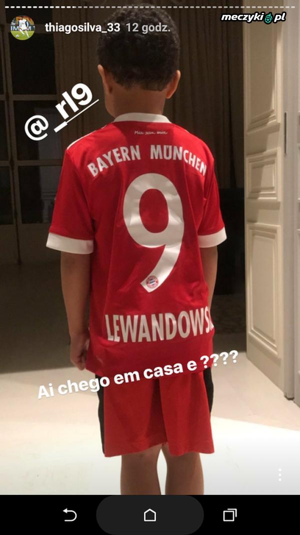 Syn Thiago Silvy w koszulce Lewandowskiego