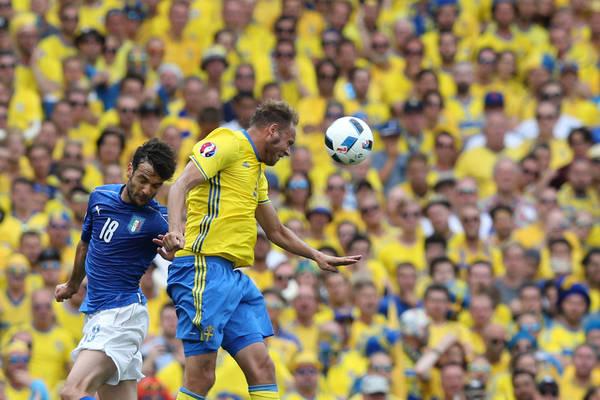 The Sun: Zaskakujący transfer MU!? Anglicy zabiegają o 33-letniego szwedzkiego obrońcę