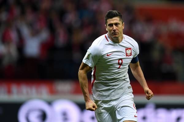 """""""Marca"""" zapowiada koniec tercetu BBC. Lewandowski kandydatem do gry w """"nowym"""" Realu"""