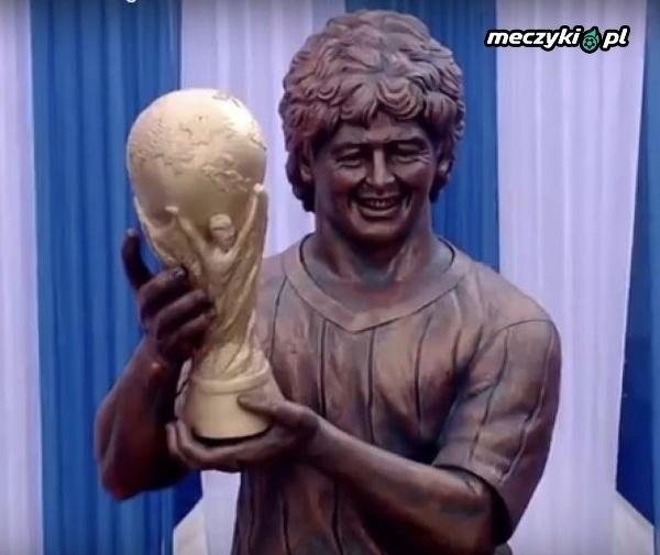 A tak wygląda nowy pomnik Diego Maradony