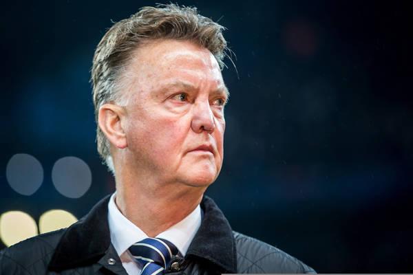 """Van Gaal odrzucił ofertę z Belgii ze względu na odprawę w MU. """"Byłem urażony i mściwy. W Manchesterze traktowano mnie koszmarnie"""""""
