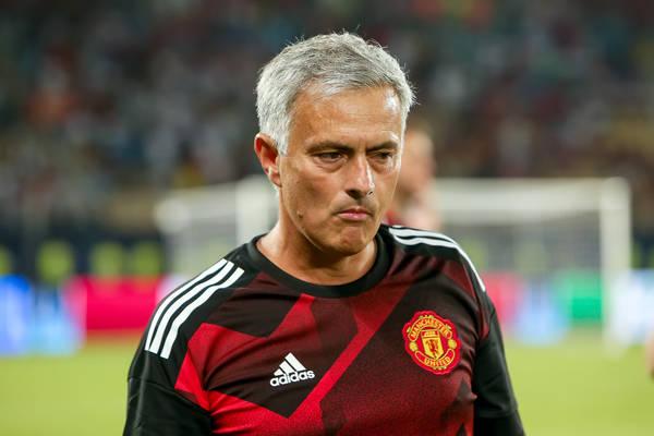 Mourinho komplementuje Sancheza: On jest fenomenalny
