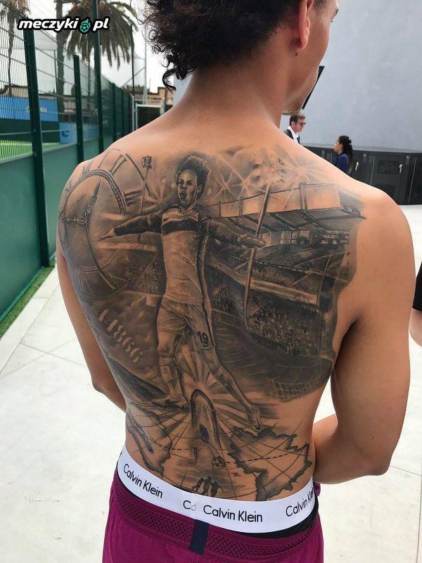 Leroy Sane I Jego Tatuaż Z Leroyem Sane Sportbuzz Meczykipl