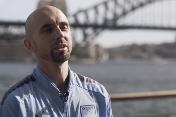 Mierzejewski wybrany piłkarzem roku w Australii! Były bramkarz MU: Wprowadził Sydney na zupełnie inny poziom