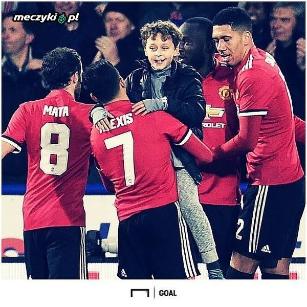 Alexis Sanchez zajął się małym fanem Manchesteru